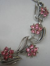 """Coro"" pink flower necklace"