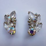 clear and aurora color rhinestone earring