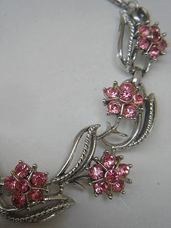 "画像1: ""Coro"" pink flower necklace"
