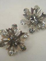 silver rhinestone flower earring