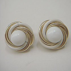 "画像1: ""TRIFARI"" white & gold earring"